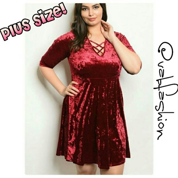 🍁 PLUS SIZE VELVET DRESS!🍁 Boutique